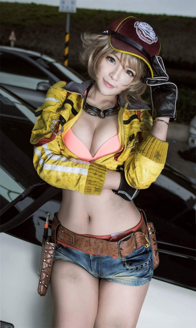 sexy naked girls from final fantasy