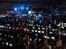 Dream Hack dans le hall du Parc des Expositions de Tours