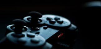Addiction aux jeux vidéo (manette PS4)